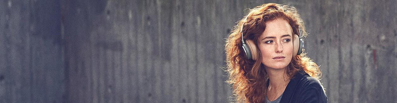 Noise cancelling headphones (ANC)